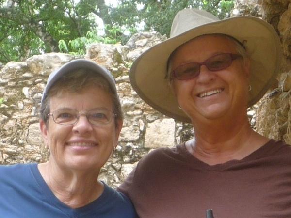 Kathe & Bonnie from Quintana Roo, Mexico