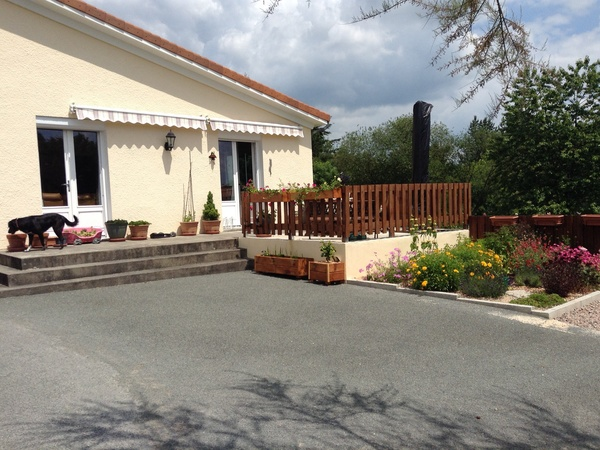Housesitting assignment in Piégut-Pluviers, France