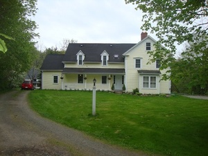 House sitting job - Mabou, NS B0E, Canada - Image 1