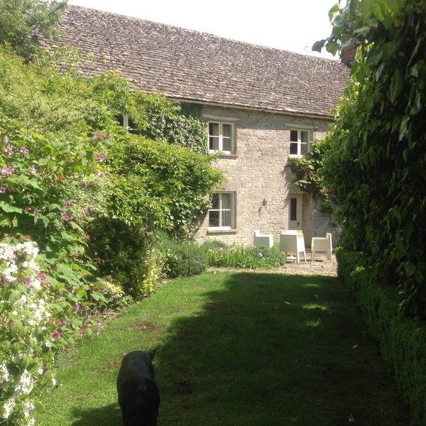 Housesitting assignment in Cirencester, Gloucestershire GL7, UK