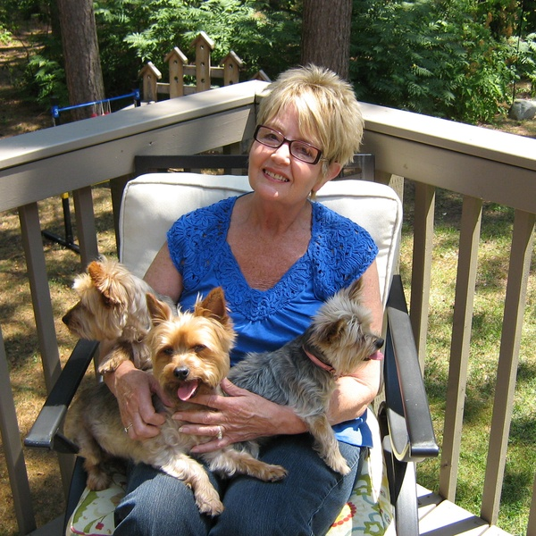 House & Pet Sitters from Ontario, Canada - Image 1