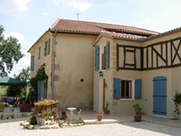 Housesitting assignment in Mirande, France