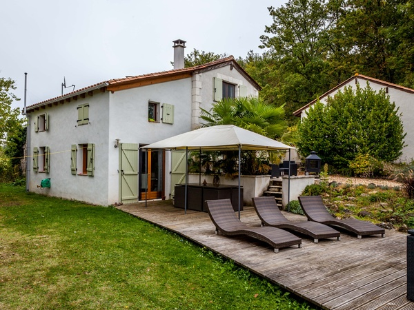 Housesitting assignment in Festalemps, France