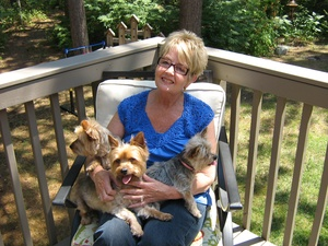 House & Pet Sitters from London, ON, Canada - Image 1