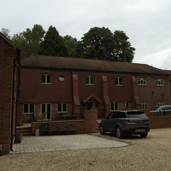 Housesitting assignment in Newbury, West Berkshire, UK