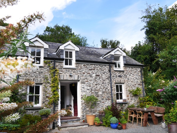 Housesitting assignment in Aberystwyth, United Kingdom