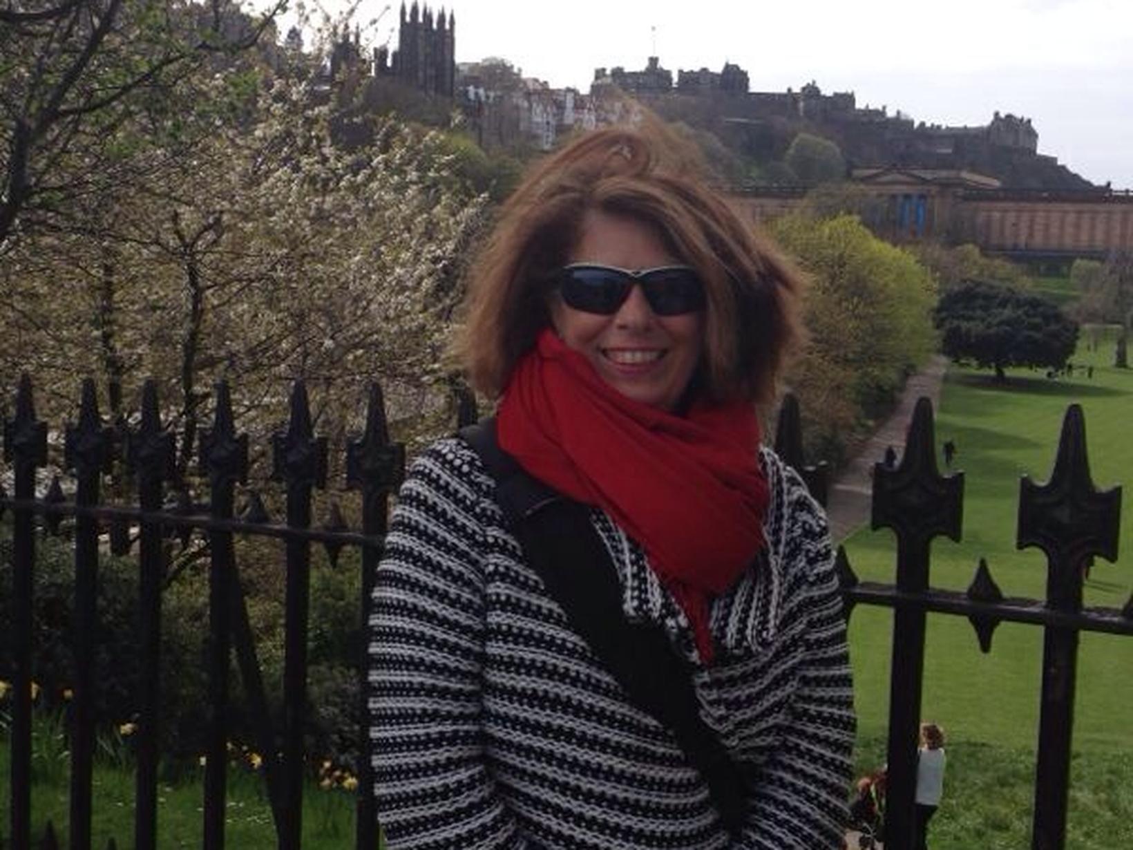 Avril from Edinburgh, United Kingdom