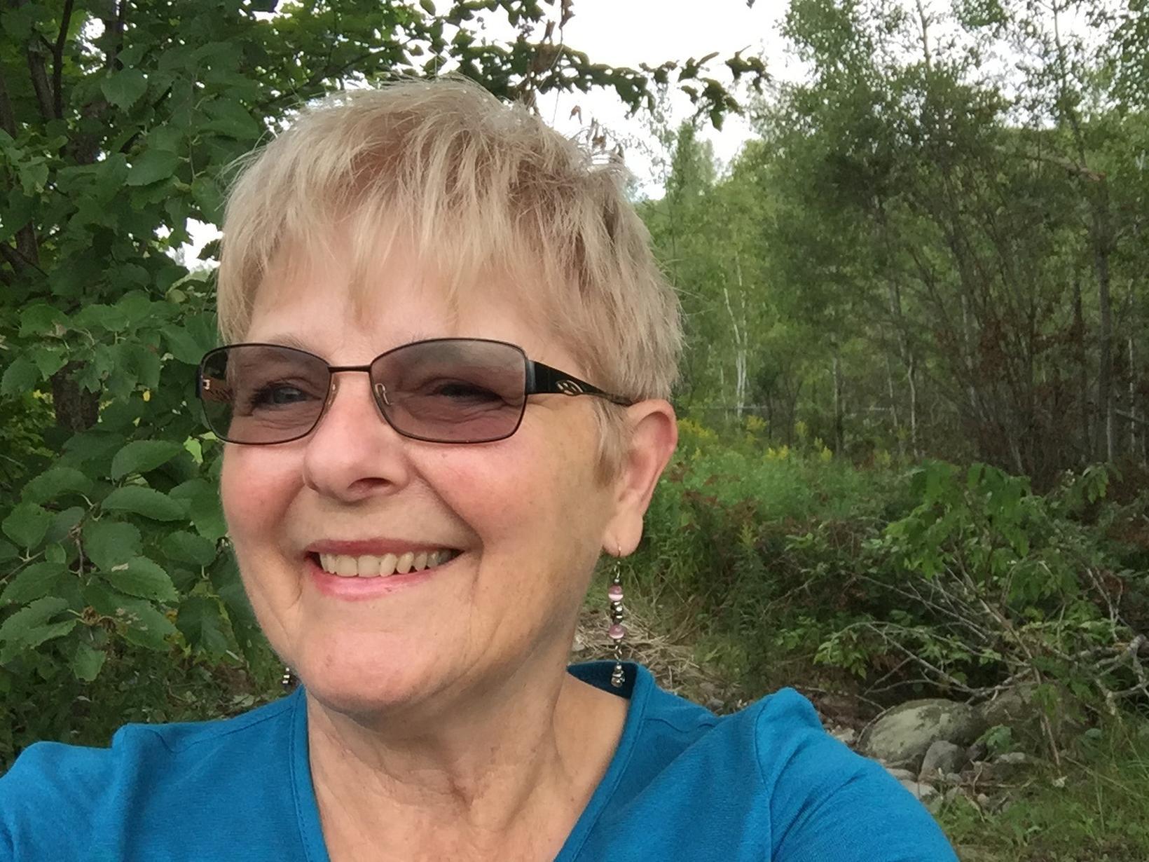 Shelley from Elliot Lake, Ontario, Canada