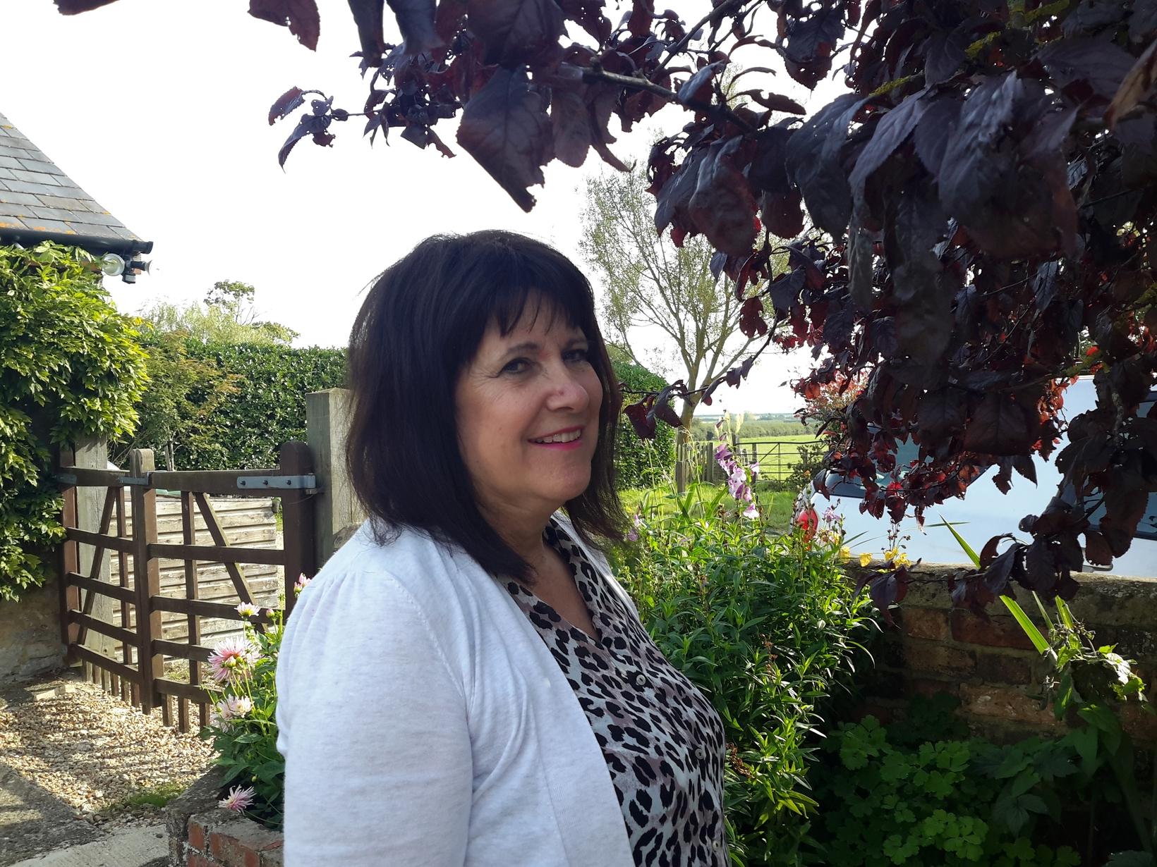 Linda from Teignmouth, United Kingdom