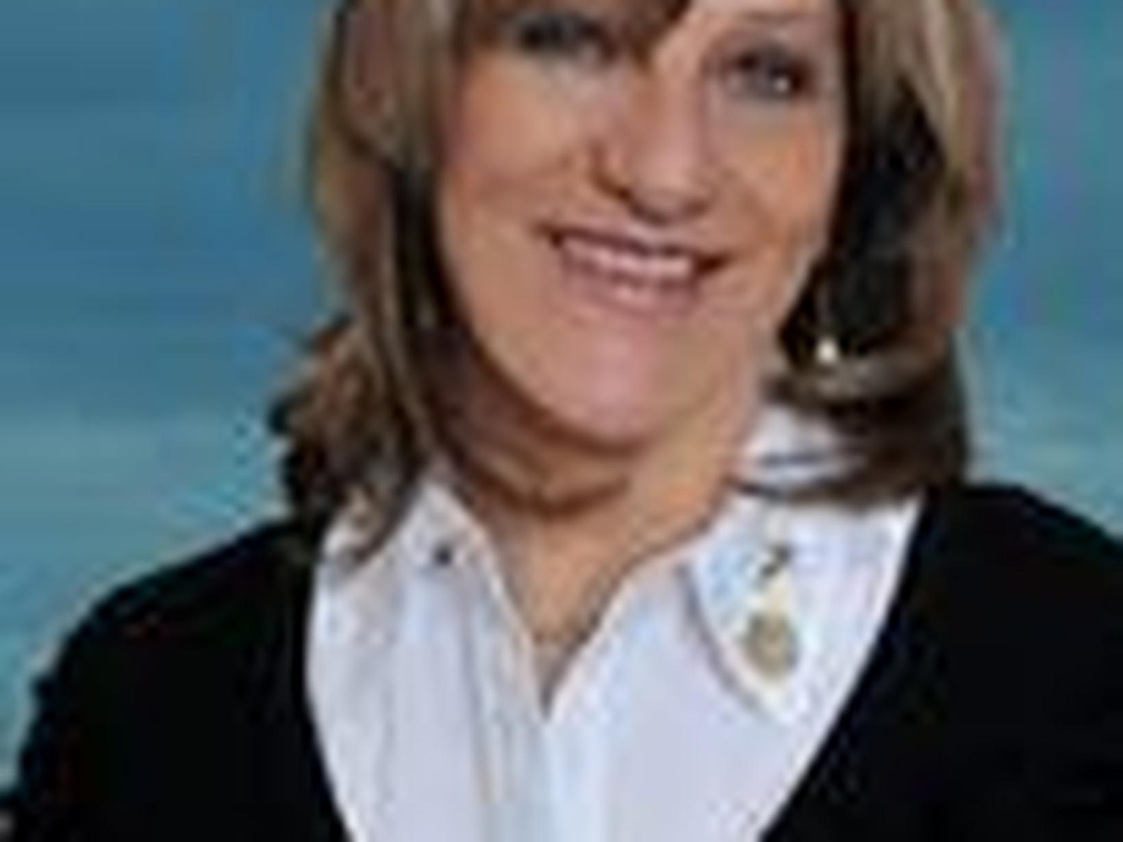 Elizabeth from Wasaga Beach, Ontario, Canada