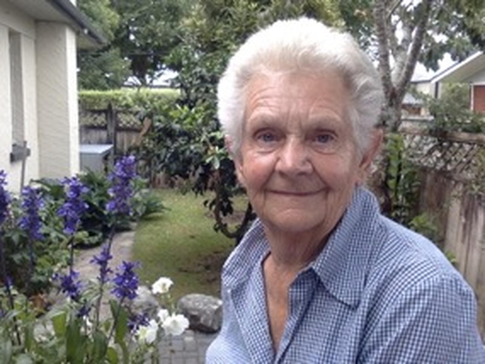 Pat from Tauranga, New Zealand