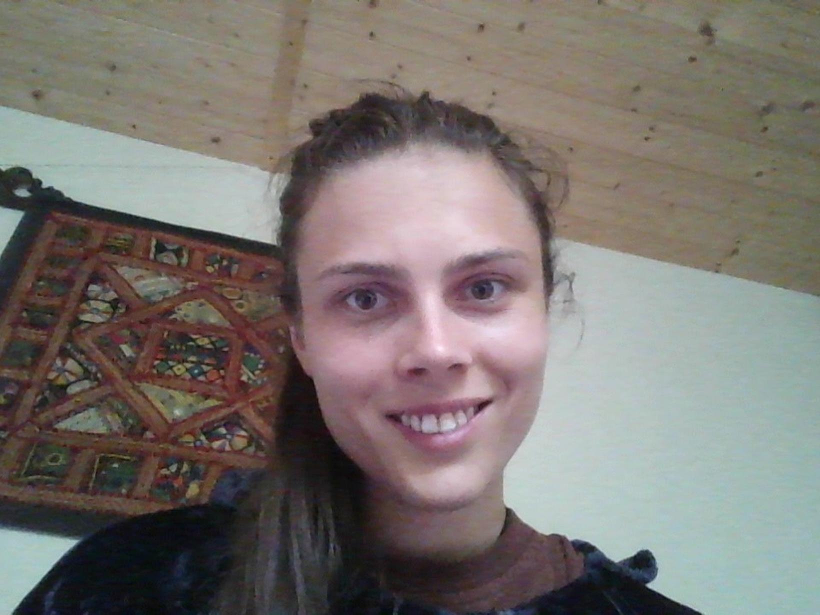 Anna from Edinburgh, United Kingdom