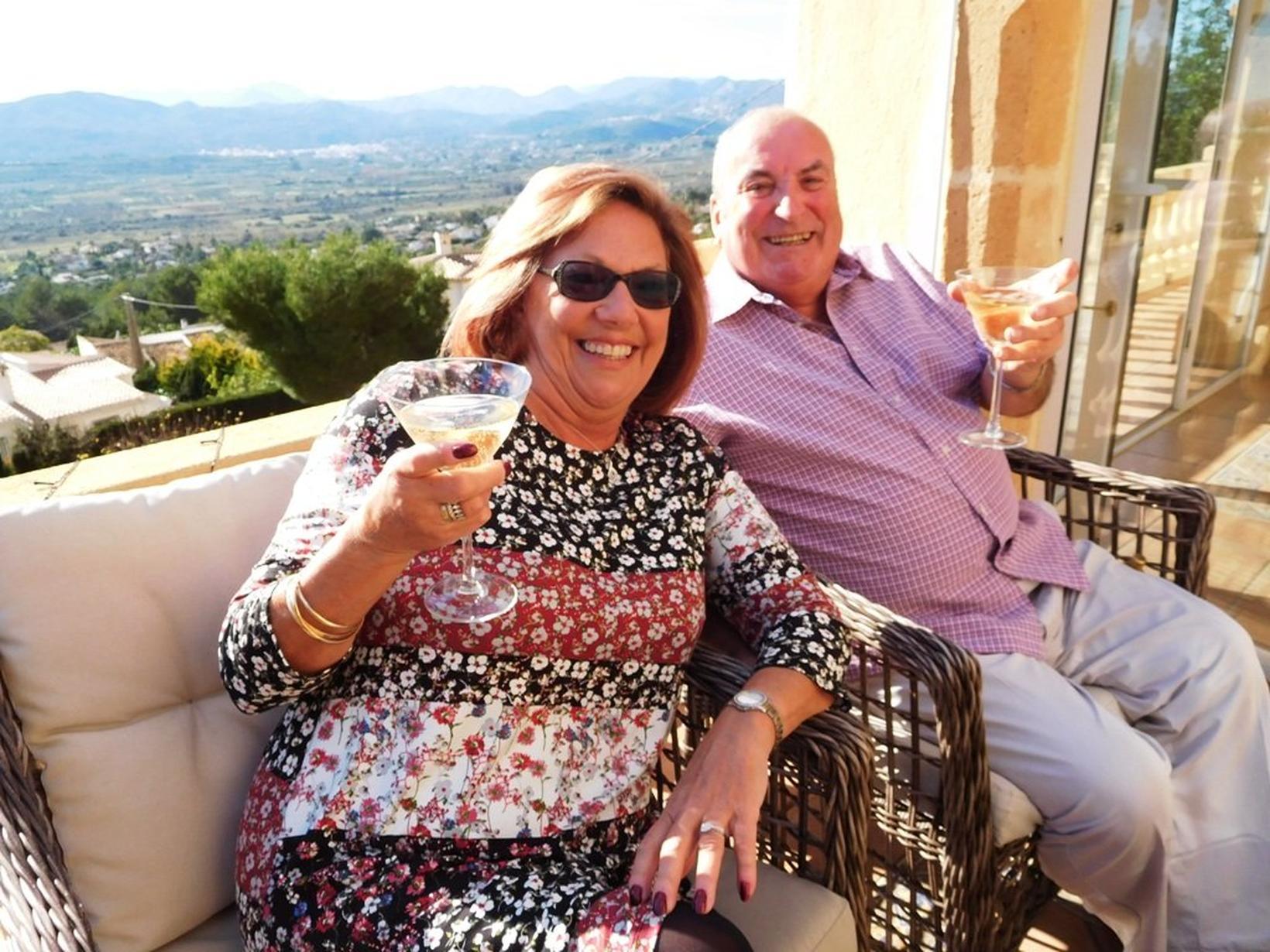 Betty & Ray from Ashford, United Kingdom