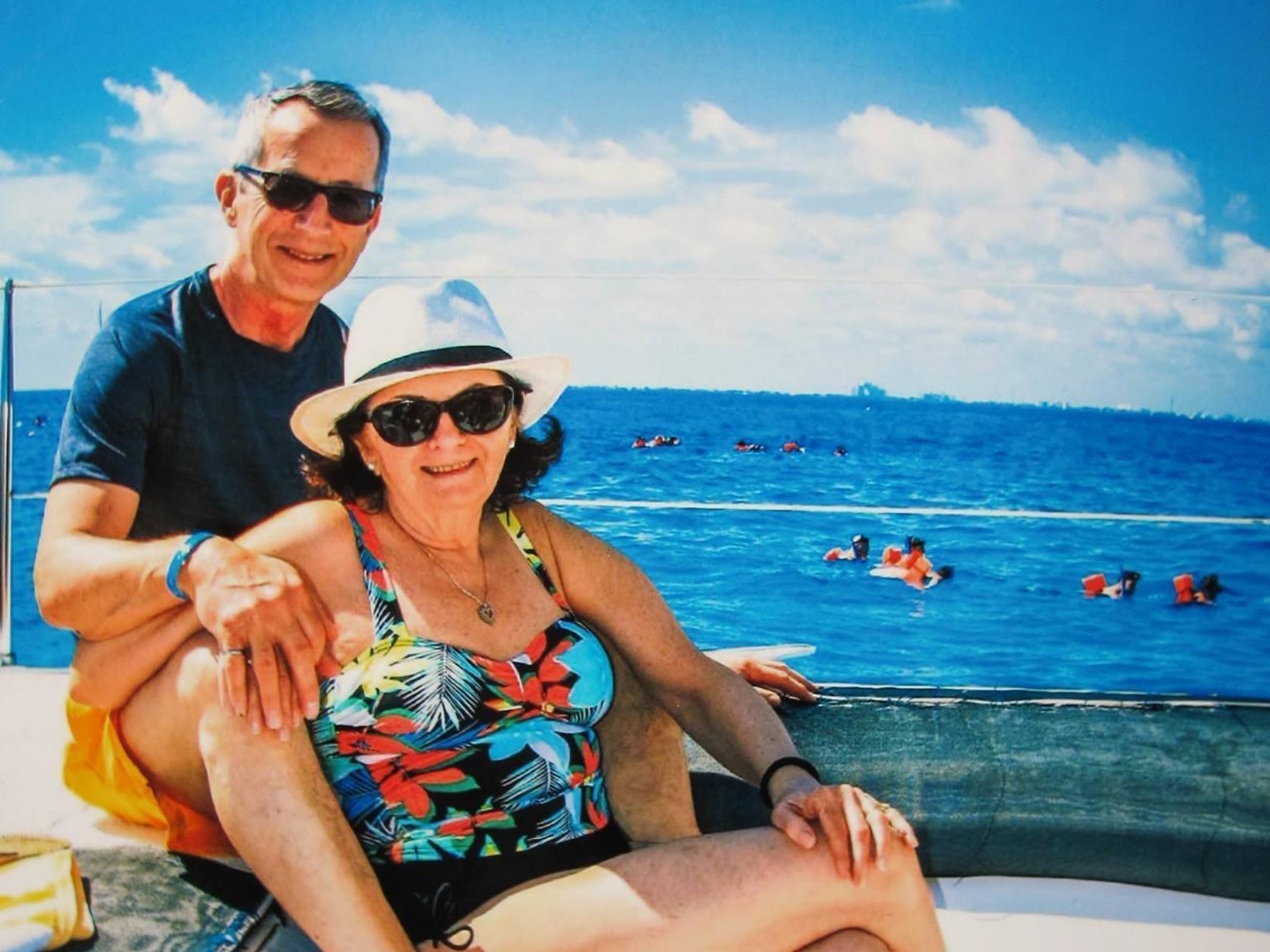 Mary & Peter from Niagara Falls Centre, Ontario, Canada