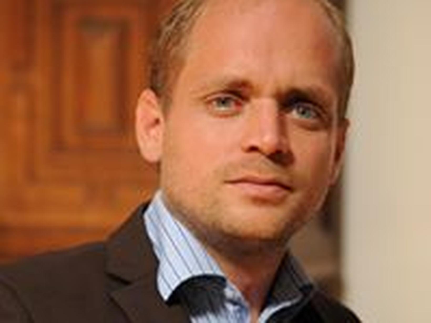 Andrew from Genève, Switzerland