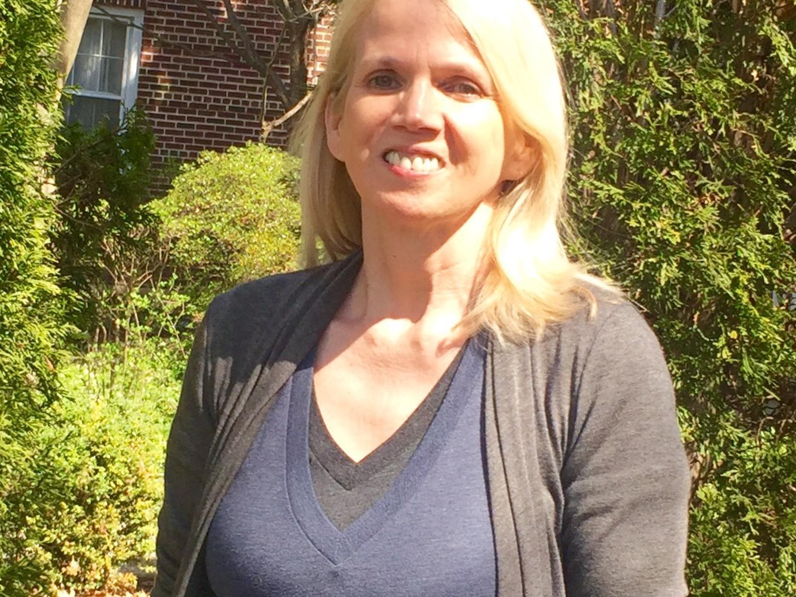 Sara from Gaithersburg, Maryland, United States