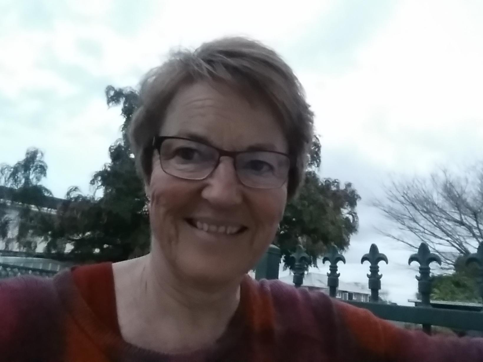 Jo from Auckland, New Zealand