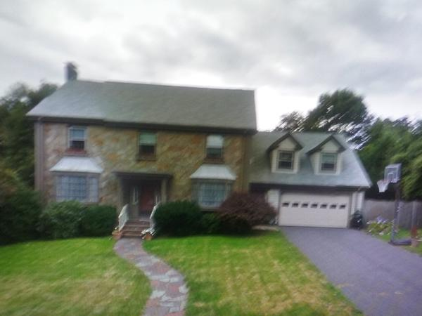 Housesitting assignment in Milton, Massachusetts, United States