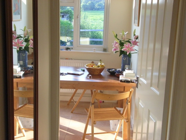 Housesit, near Midhurst, UK. 2nd - 2nd Sept '15  Pet sitter needed in the heart of the South Downs National Park