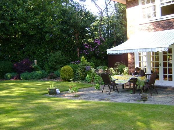 House sitter for large house, Nottingham in June
