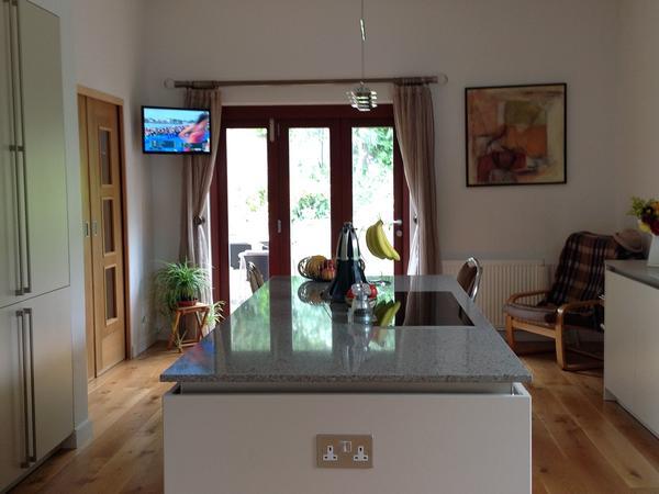 Housesitting assignment in Whetstone, United Kingdom