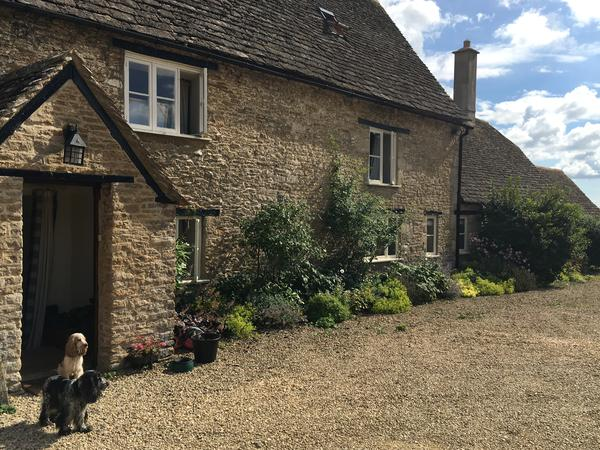 Housesitting assignment in Tetbury, United Kingdom