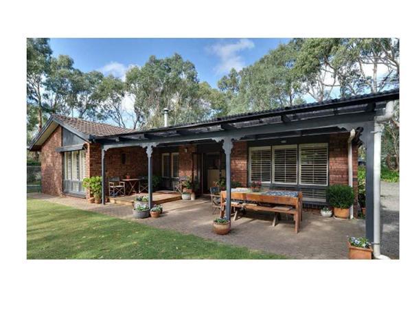 Housesitting assignment in Hahndorf, SA, Australia