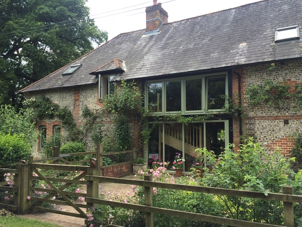 Barn conversion in the middle of the countryside 8 miles outside Winchester and 3 miles from the small town of Bishops Waltham. Set in 1 acre of garden.