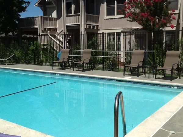 Housesitting assignment in Sonoma, CA, United States