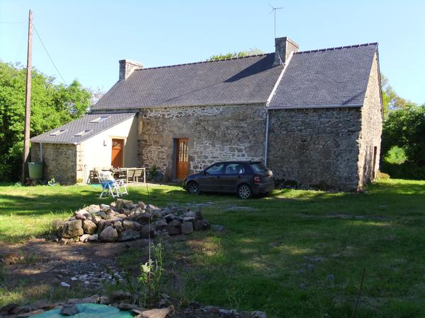 Housesitting assignment in Guerlesquin, France