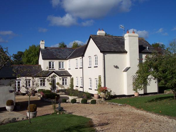 Housesitting assignment in Cullompton, United Kingdom