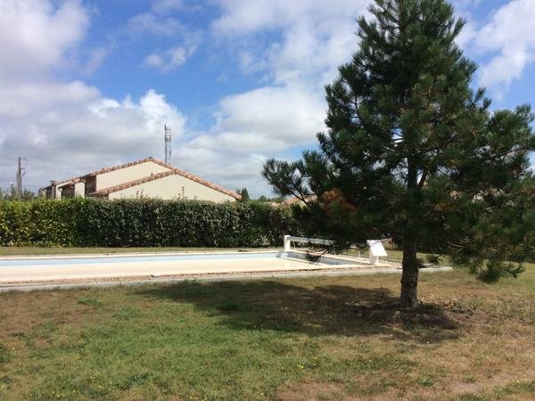 Housesitting assignment in Miramont-de-Guyenne, France