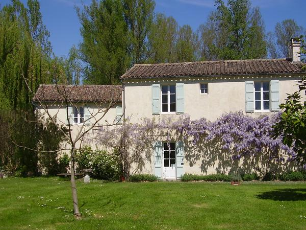 Housesitting assignment in Nérac, France