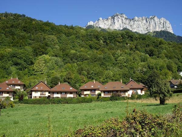 Housesitting assignment in Menthon-Saint-Bernard, France