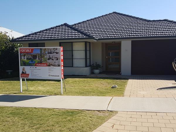 Housesitting assignment in Piara Waters, WA, Australia