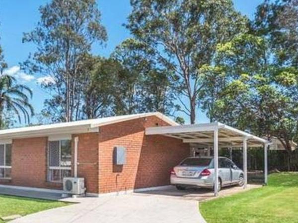 Housesitting assignment in Eagleby, Queensland, Australia