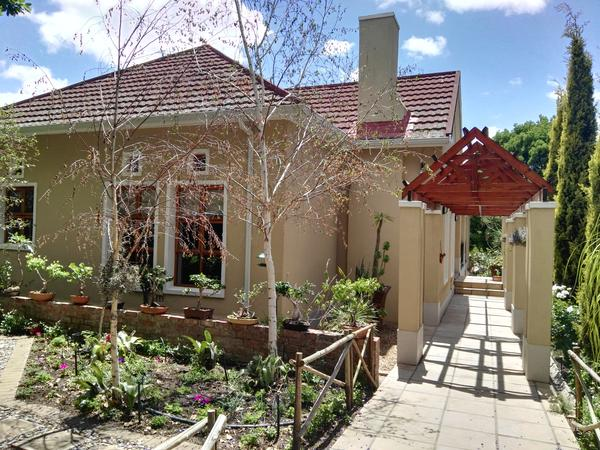 Housesitting assignment in Worcester, South Africa