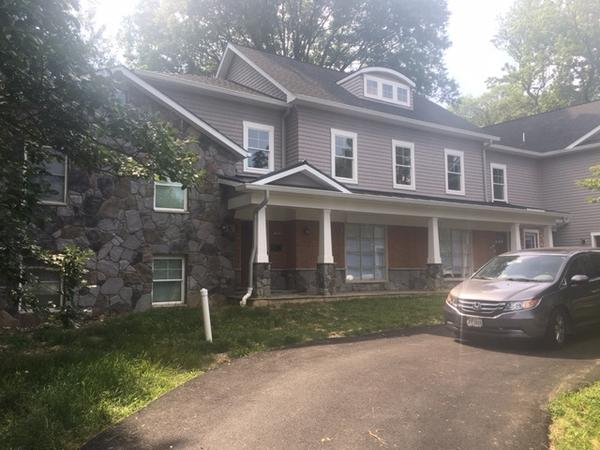 Housesitting assignment in Alexandria, Virginia, United States