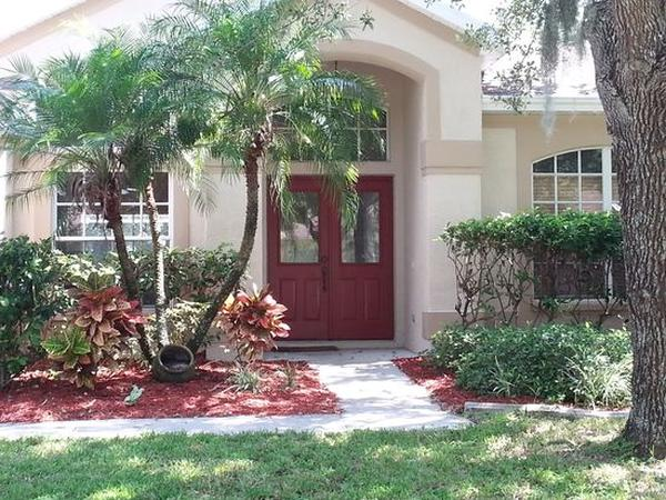 Housesitting assignment in Riverview Drive Estates, Florida, United States