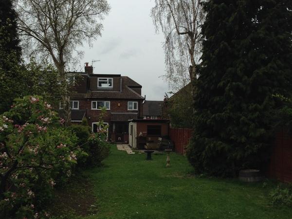 Housesitting assignment in Bebington, United Kingdom