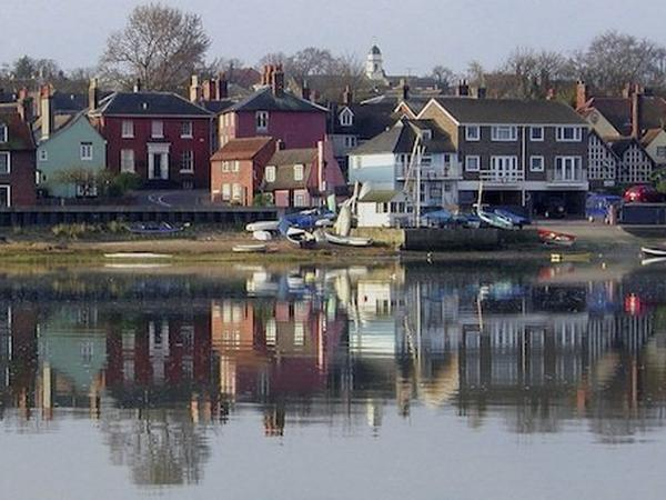Housesitting assignment in Manningtree, United Kingdom
