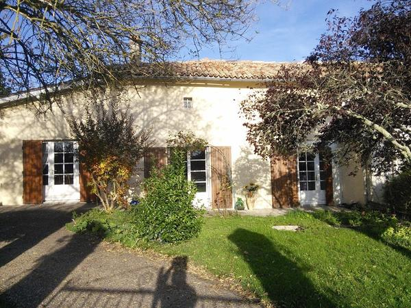 Housesitting assignment in Jonzac, France
