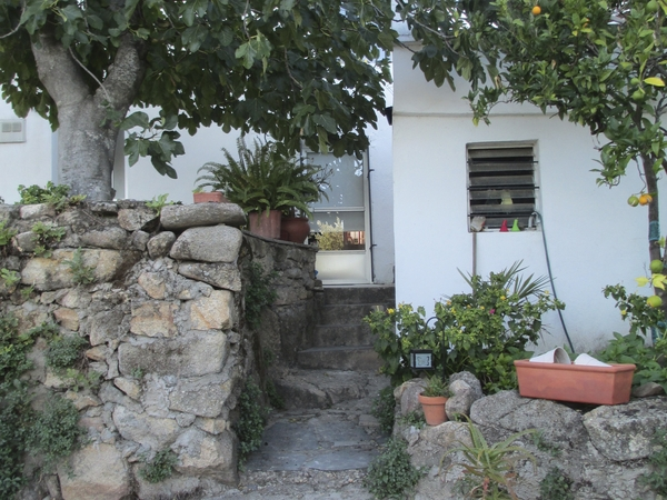 Housesitting assignment in Casiñas Bajas, Spain