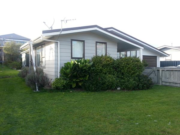 Housesitting assignment in Porirua East, New Zealand