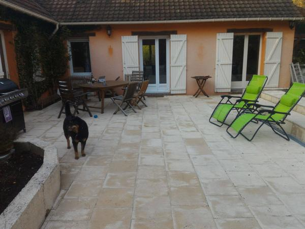Housesitting assignment in Épernon, France