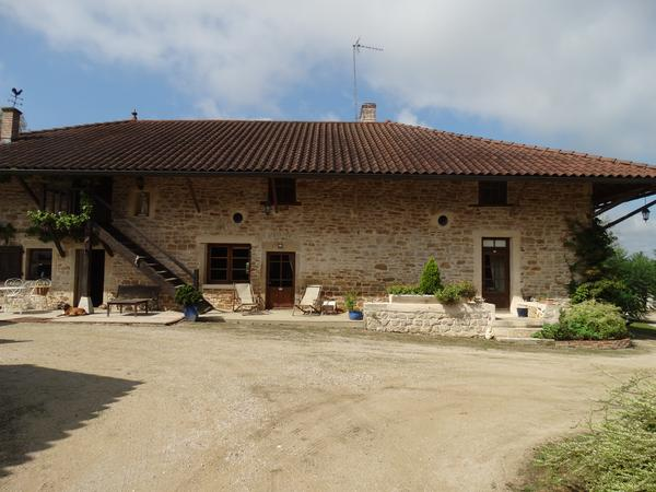 Housesitting assignment in Cuiseaux, France