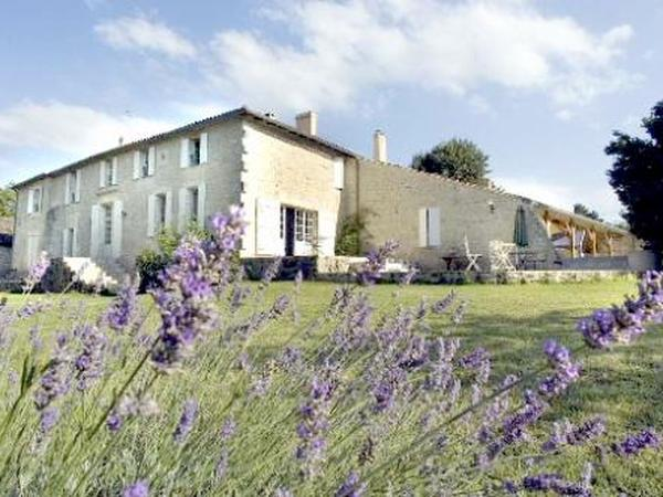 Housesitting assignment in Branne, France