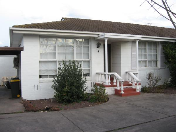 Housesitting assignment in Pascoe Vale, VIC, Australia