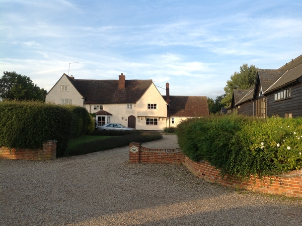 house sitters needed in suffolk