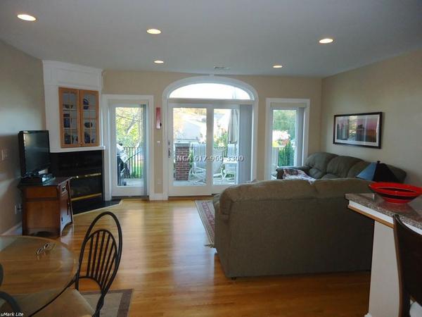 Housesitting assignment in Lexington, Massachusetts, United States